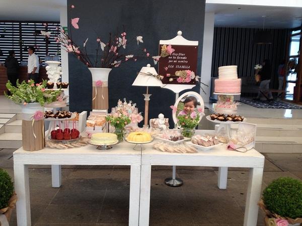Mesa de Dulces & Diseño Floral