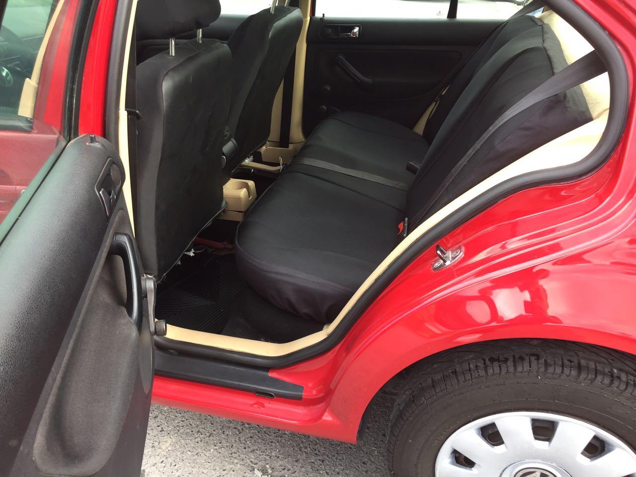 Jetta GL  2011 Rojo en excelente condiciones