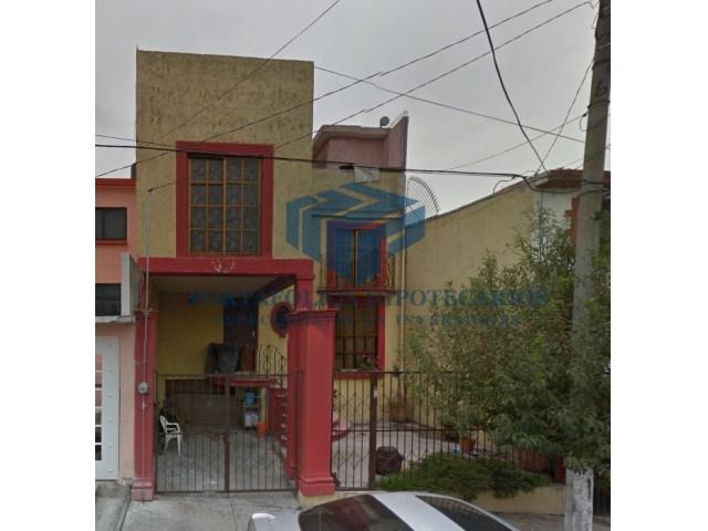 Casa de recuperación bancaria en Parque Residencial Coacalco ( oferta)
